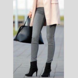 CAbi Gray #921 Dark Rinse Stormy Wash Skinny Jeans